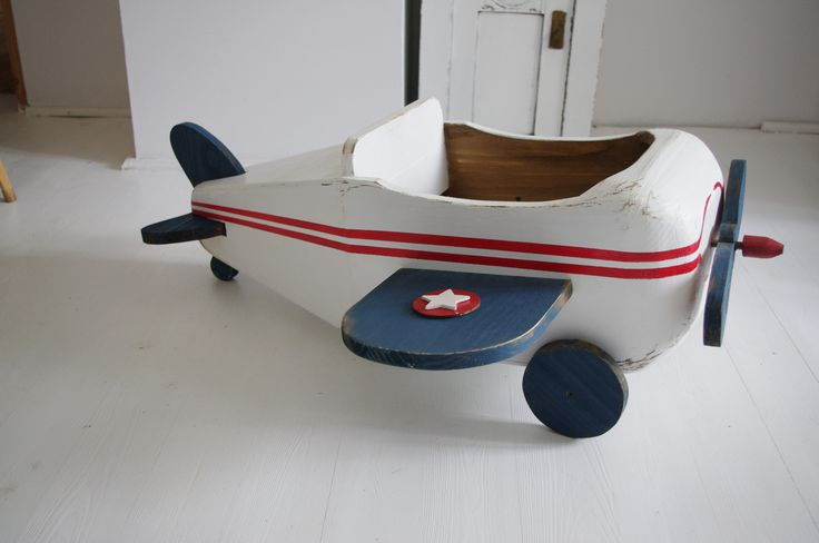 Wooden plane. 110 EUR + shipping costs.