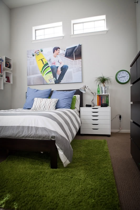 green rug spray paint baseball diamond daiden n bubba pinterest preteen boys room teen. Black Bedroom Furniture Sets. Home Design Ideas