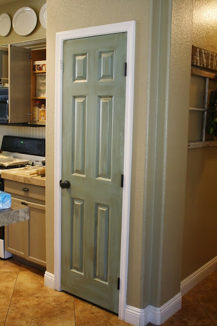 My pantry door is 1/2 way there!  Just gotta put the glaze on.Diy Ideas, The Doors, Decor Ideas, Pantry Doors, Painting Pantries, Accent Colors, Kitchens Cabinets, Pantries Doors, Laundry Room
