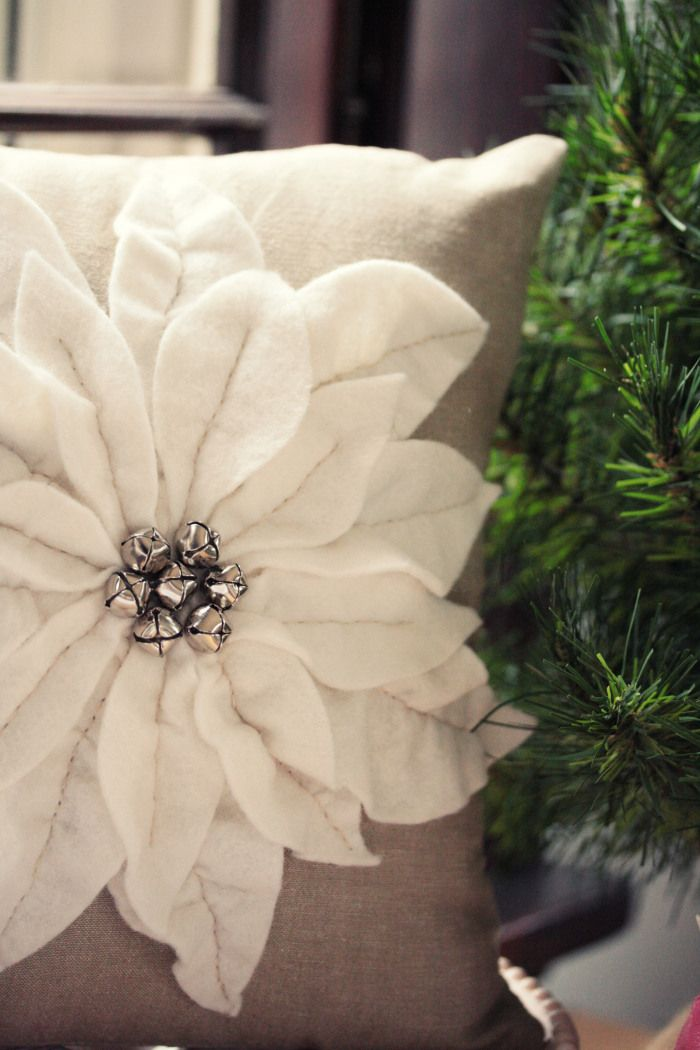 DIY Christmas pillow tutorials