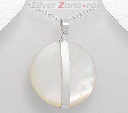 Pandantiv rotund din argint cu sidef alb 125