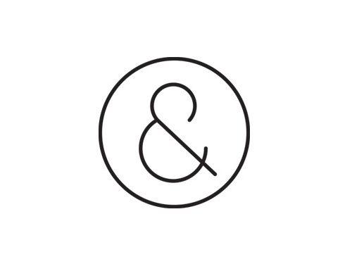 logo composé d'un rond et de fine écriture est a creusé