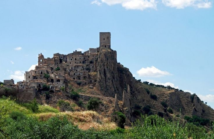 # 21. Craco, Italy (The 33 Most Beautiful Abandoned Places In The World)