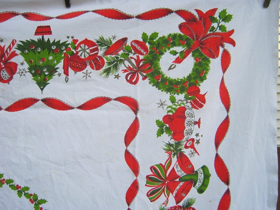 80 best Vintage Christmas Tableclothes/Linens images on Pinterest ...