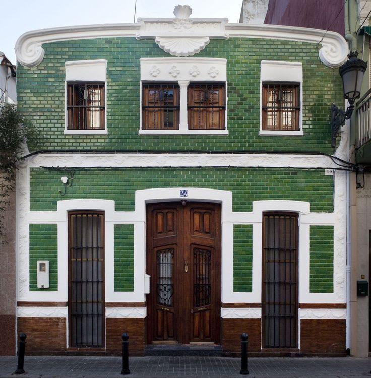 El modernismo valenciano en el cabanyal valencia for Oficina objetos perdidos valencia