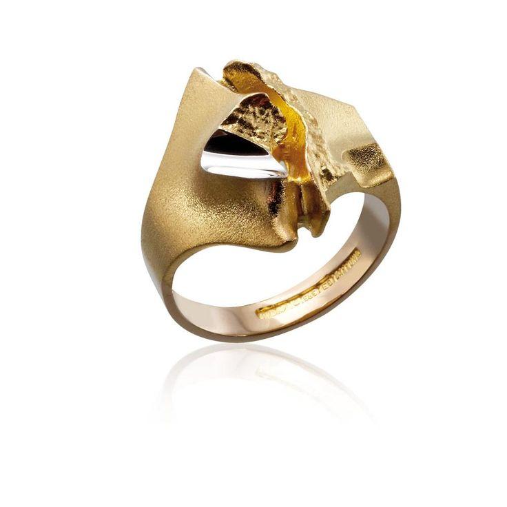 GEISIR GOLD RING / Design Björn Weckström / Handmade in Helsinki / Lapponia Jewelry
