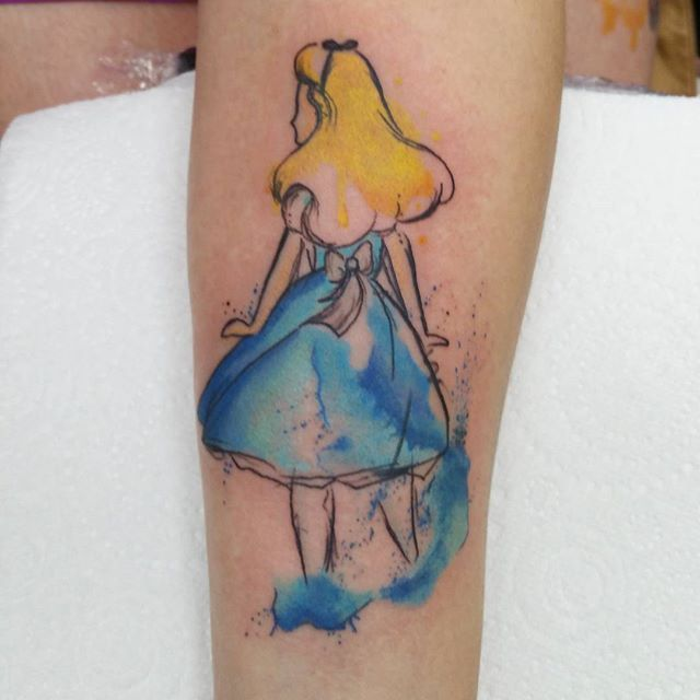 Finally got to do this little alice on Lynsey  awwwh loved it and would  love to…