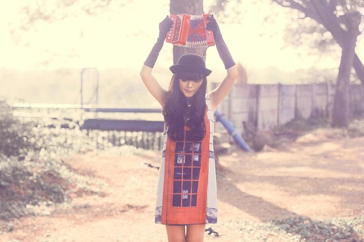 sonia eryka and accordion