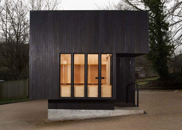 98 besten charred wood bilder auf pinterest verkohltes holz holzverkleidung und architektur. Black Bedroom Furniture Sets. Home Design Ideas