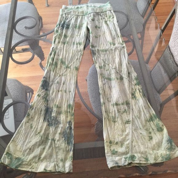 LF Tie Dye Cotton Palazzo Pants Size M LF Tie Dye 100% cotton tie dye Palazzo pants in size medium. Various shades of green from light to dark. Please ask if you have any questions. LF Pants