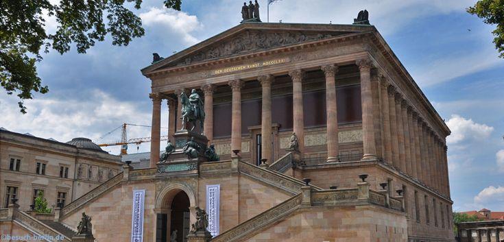 Alte Nationalgalerie und Neues Museum (links) Berlin http://besuch-berlin.de