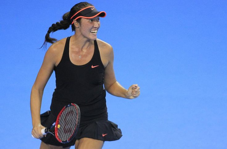.@SamCrawford18 reaches her 1st #WTA QF! Upsets Rodina 6-3, 6-3 at @CoupeBN--> http://wtatenn.is/hHcxyY