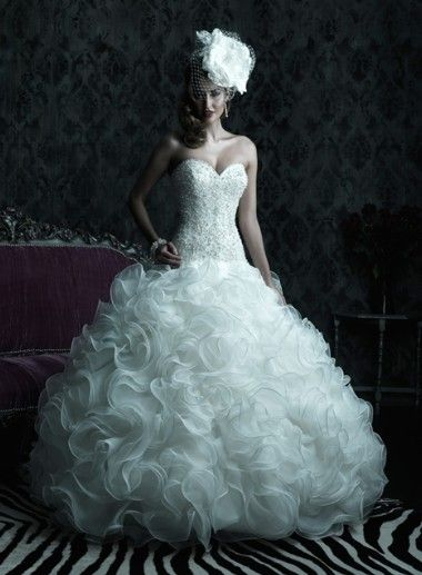 Custom made elegant spaghetti straps with ruffle ball gown skirt wedding dress