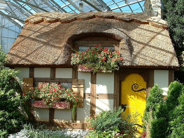 A Fantasy Cottage Inside The Lewis Gintner Botanical Gardens In Richmond Va Homes Cottages