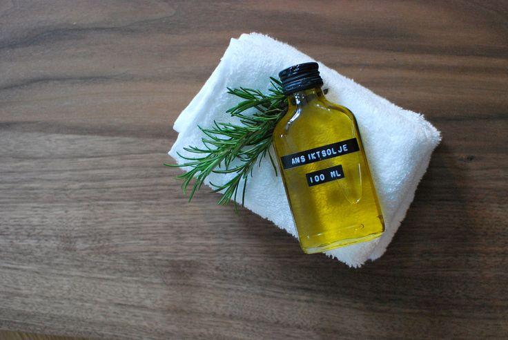 Olivenolje er ikkje berre sunt å ha i salaten, den er også utmerka å bruke som ansiktsvask og fuktkrem. Lær korleis du kan forenkle dine skjønnheitsrutiner.