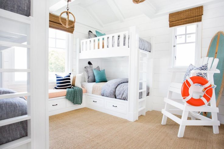 Kids Coastal Bedroom With Bunk Beds Lifeguard Chair