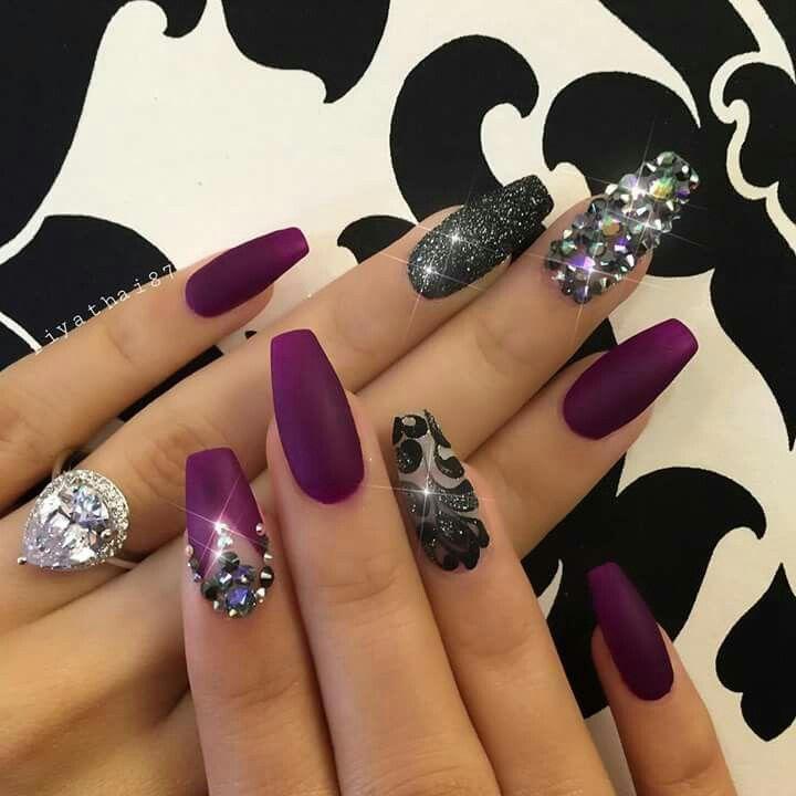 Beautiful glowing nails