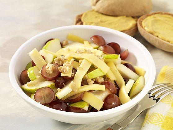 Salade met druiven en kaas