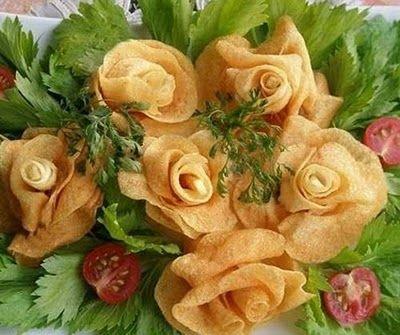 potato chips made into flowers I WILL make these for Jatsiri's birthday!