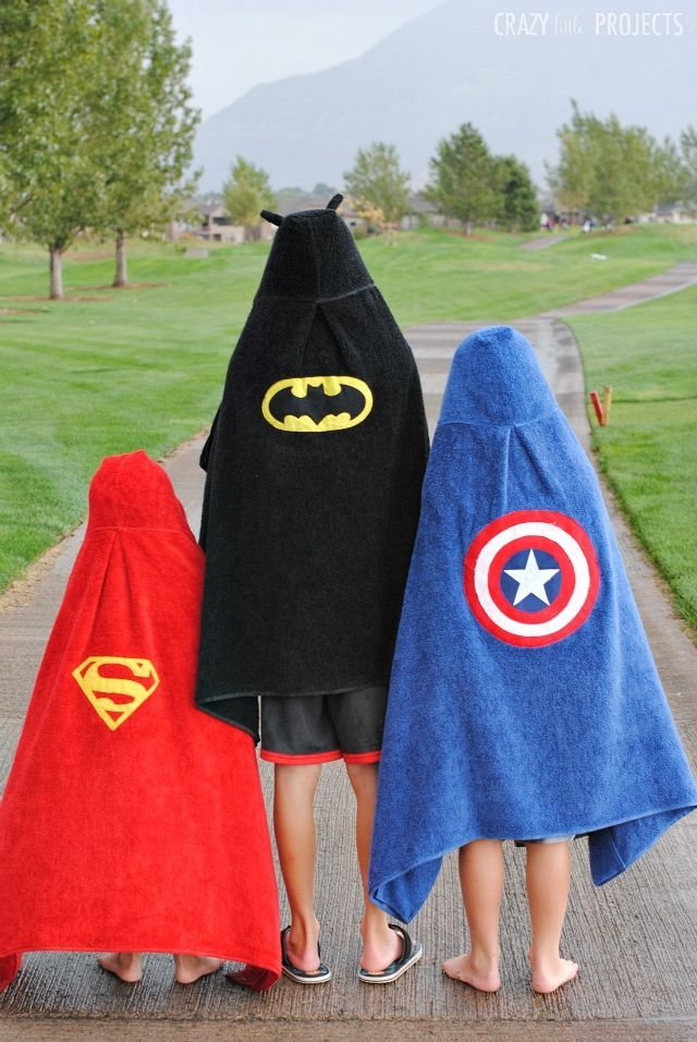 Make this cute superhero hooded towel with this pattern and tutorial-Batman, Captain America and Superman!