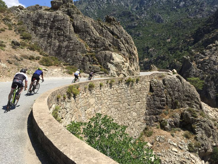 It gets hot in the gorge of the Scala di Santa Regina - On the cycling Tour of Corsica