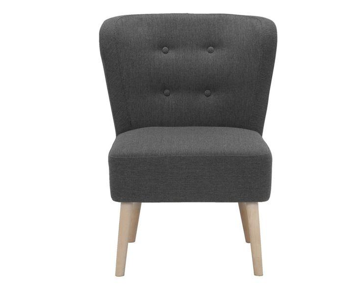 Slaapkamer idee: Als de ruimte er is kan een fauteuil of stoel een leuk extra zijn voor de slaapkamer. #landelijk #stoer