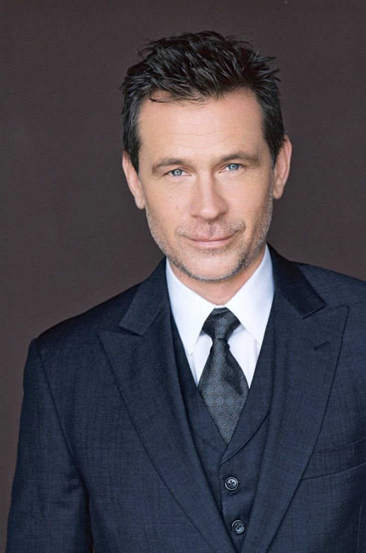"rileyparra: "" One more post! We've added Connor Trinneer to the cast! Trip Tucker from Star Trek Enterprise and Michael the Wraith from Stargate Atlantis! I'm a HUGE Stargate fan (HUGE) and having someone from the show in my show is… well, I'm glad I..."