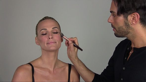 How To Master the Sunkissed Look   Molly Sims #supermodelsecrets
