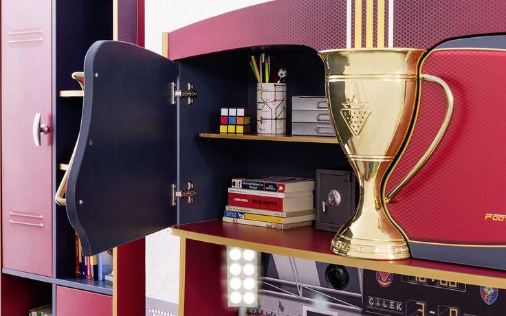 #football #futbol #futbolcu #dekorasyon #decoration #cocukodasi #oda #room #conceptroom #şampiyon #masa