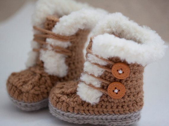Free Crochet Pattern Baby Snow Boots : Crochet Fur Trim Baby Booties -Ugg style-Super Cute ...
