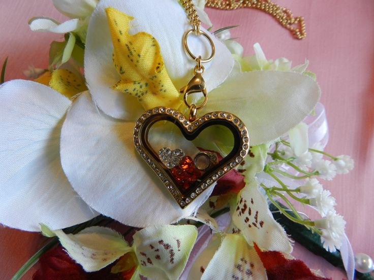 Kaynors new fashion charm lockets, floating charm locket, DIY charm lockets, custom design charm locket, build your personalized charm locket.   We can build beautiful charm locket and ship to your door. www.kaynors.com https://www.facebook.com/kaynors