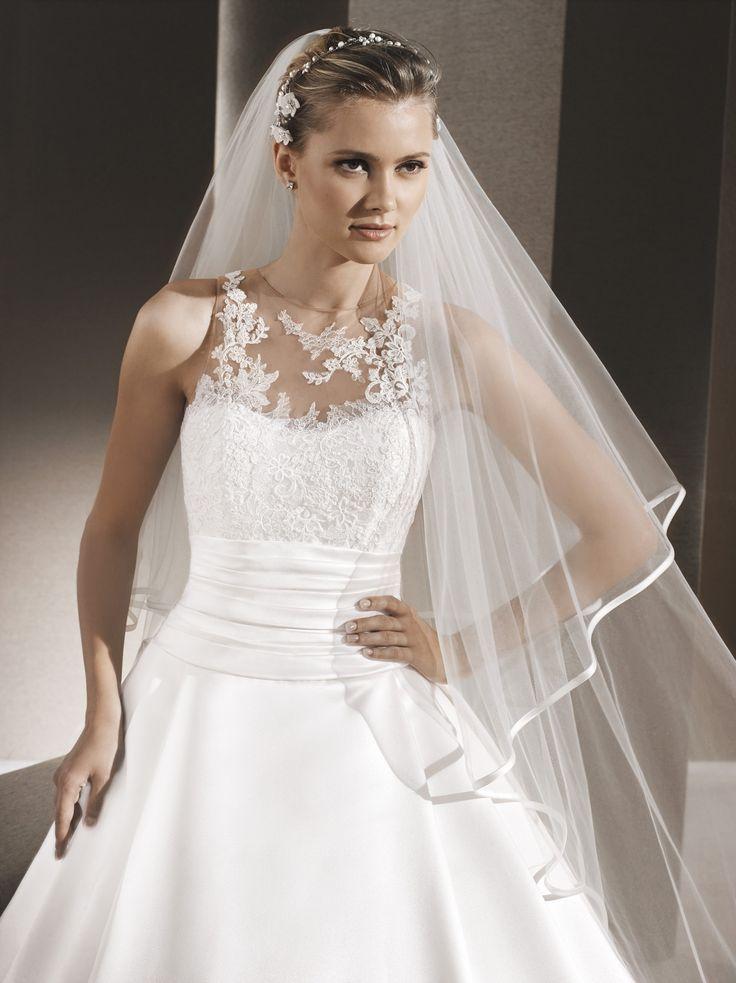 Raila - La Sposa - Esküvői ruhák - Ananász Szalon - esküvői, menyasszonyi és alkalmi ruhaszalon Budapesten
