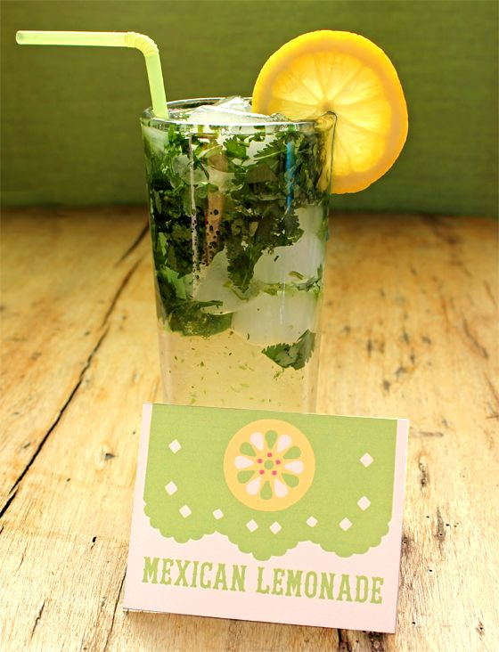 non-alcoholic party drinks, recipes and free printable signs - mexican lemonade for Cinco de Mayo