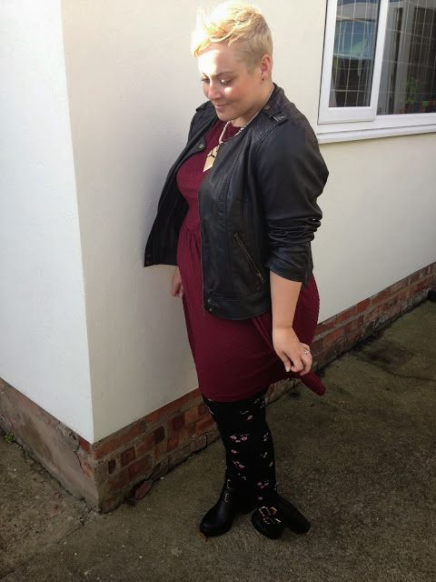 The Ramblings of Mrs BeBe: OOTD: Berry, berry nice... - Dorothy Perkins dress - Plus Size Fashion