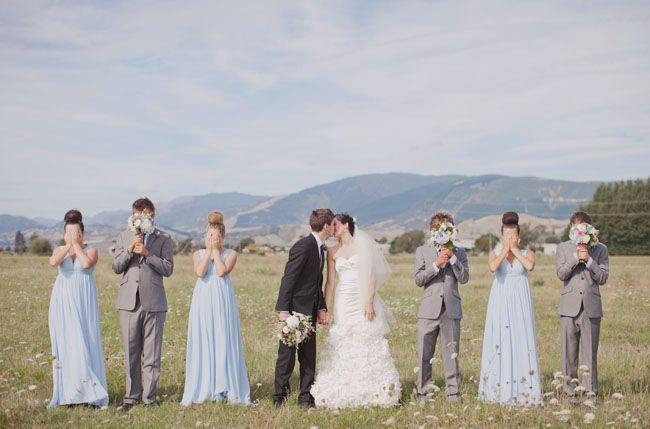some pretty cute and creative bridal party pictures