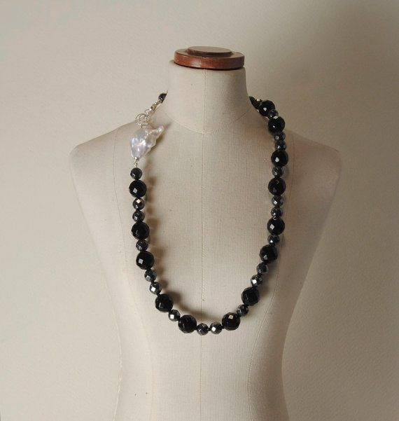 Pearls, Hematite, Onyx and 925% Silver closure necklace