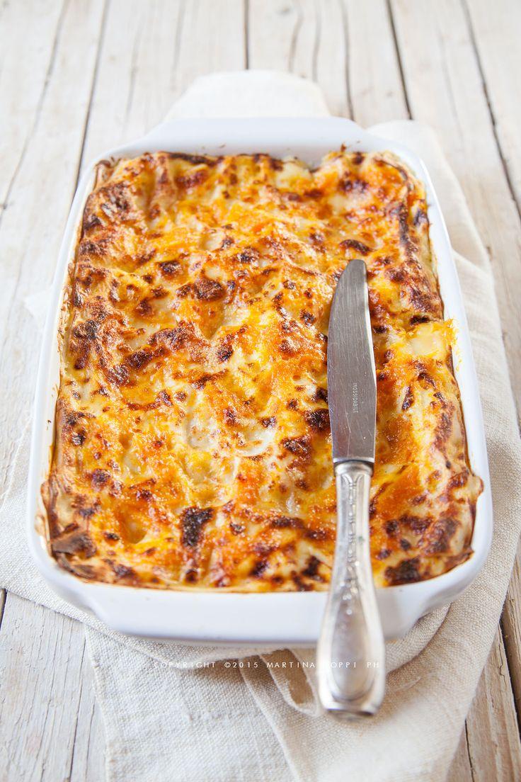Le lasagne alla zucca sono un modo originale di utilizzare questo prodotto autunnale e di farne un piatto dal colore e dal gusto travolgenti.