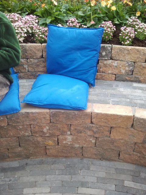 Stenen bank in tuin Rob Verlinden Keukenhof 2014