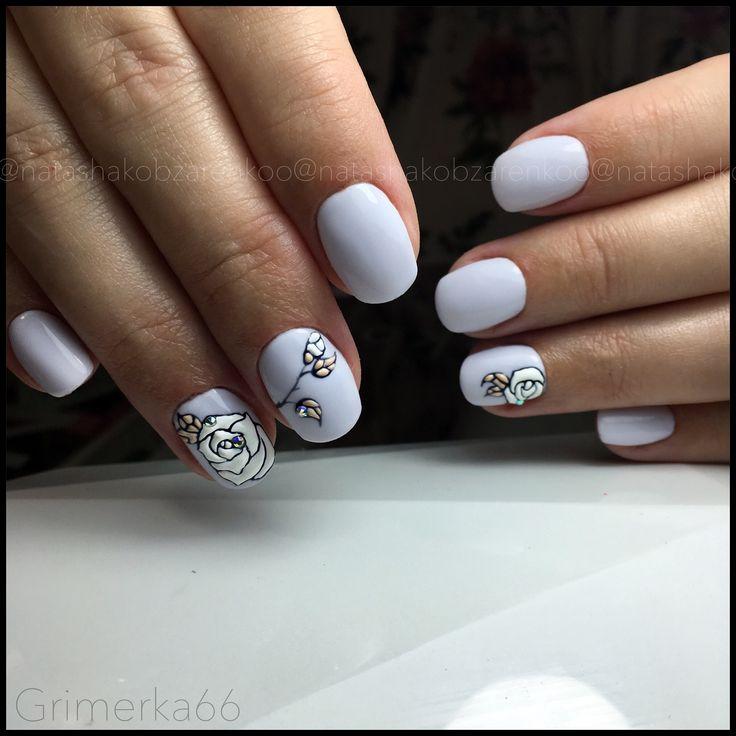 """""""Холодный цветочек"""" Любимый, не только мной, объёмный дизайн с инкрустацией Swarovski. Sweet bloom всегда смотрится более роскошно, если инкрустировать стразами. В этом случае маникюр для невесты.  #люксиоекб #люксио #luxio #luxio_by_akzentz #розовыеногти #цветынаногтях #розынаногтях #swarovski #инкрустацияногтей #маникюрекб #объемныйдизайнногтей #свитблюм #свитблюмекб #sweethome #sweetblooms #сладкоецвете"""