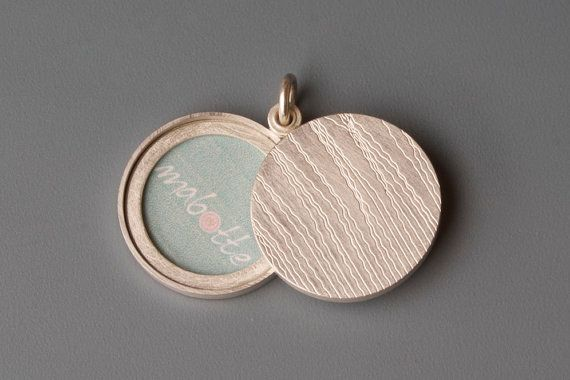 Silver locket for two pictures: grass, Picture locket, Sterling Silver locket,round diameter 22mm