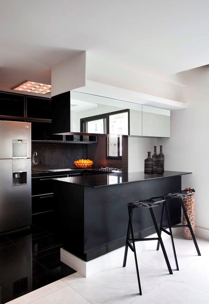 Cozinha Moderna em tons Pretos
