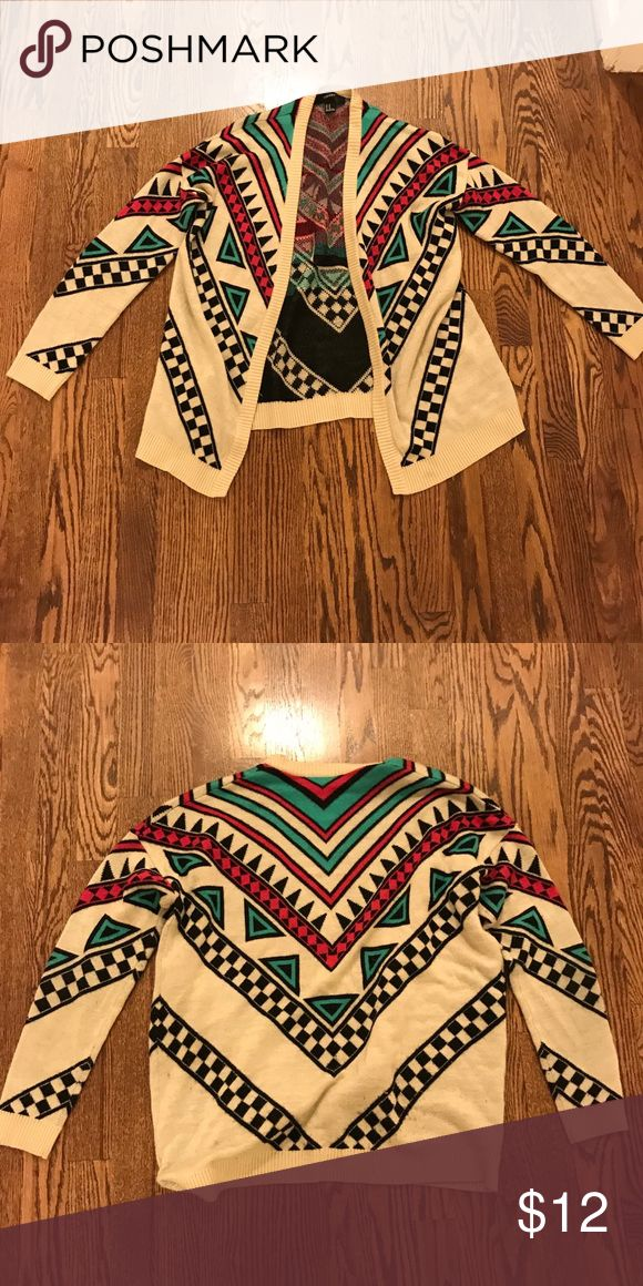 Tribal print cardigan Tribal print cardigan from Forever 21 gently used size Medium Forever 21 Sweaters Cardigans