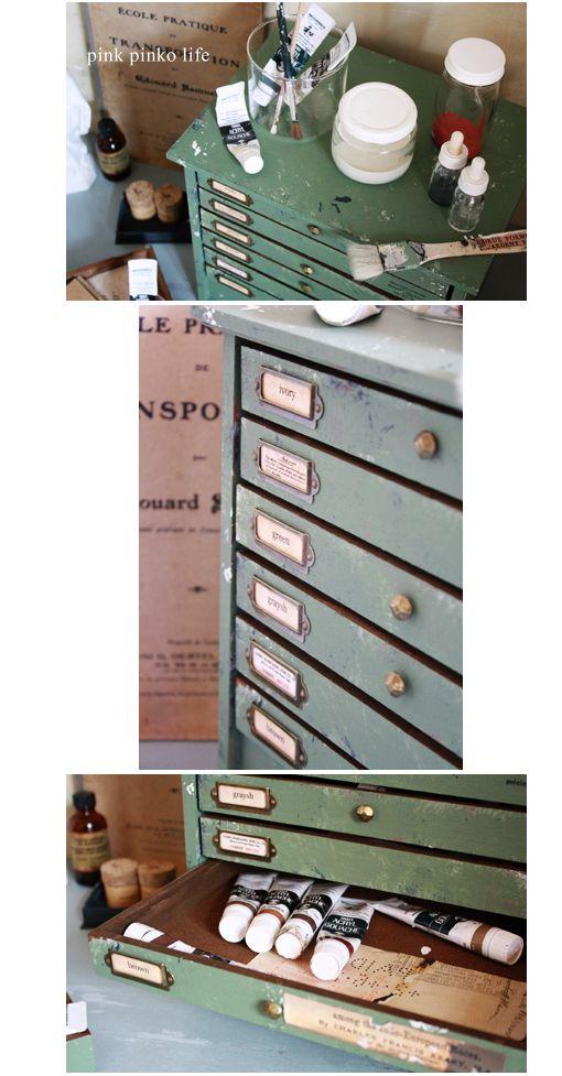 セリアのコレクションケース