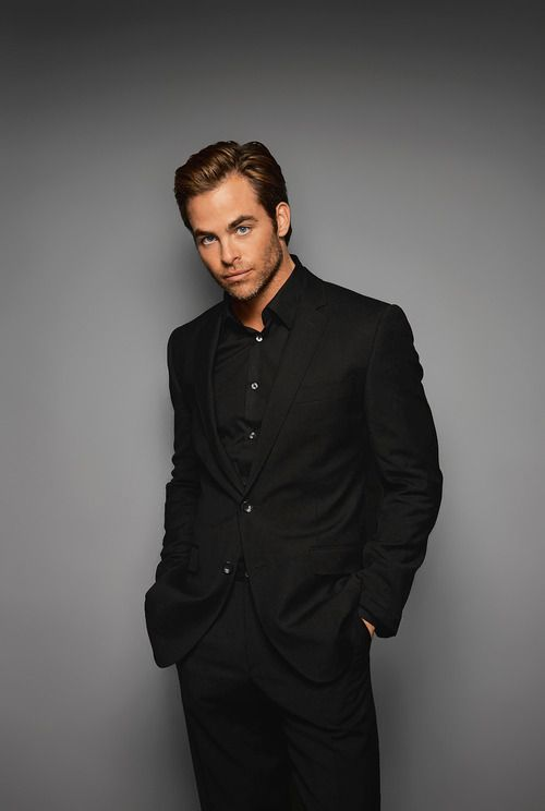 Chris Pine. SubCategory A: Monochromatic Suit Porn ...