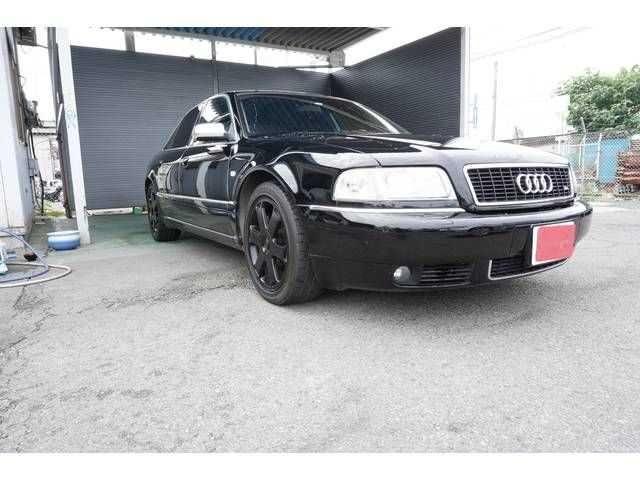 2001 Audi S8 -