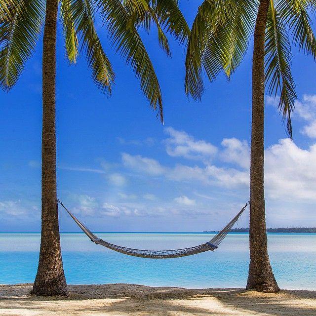 The hammock @ Aitutaki lagoon, Cook Islands