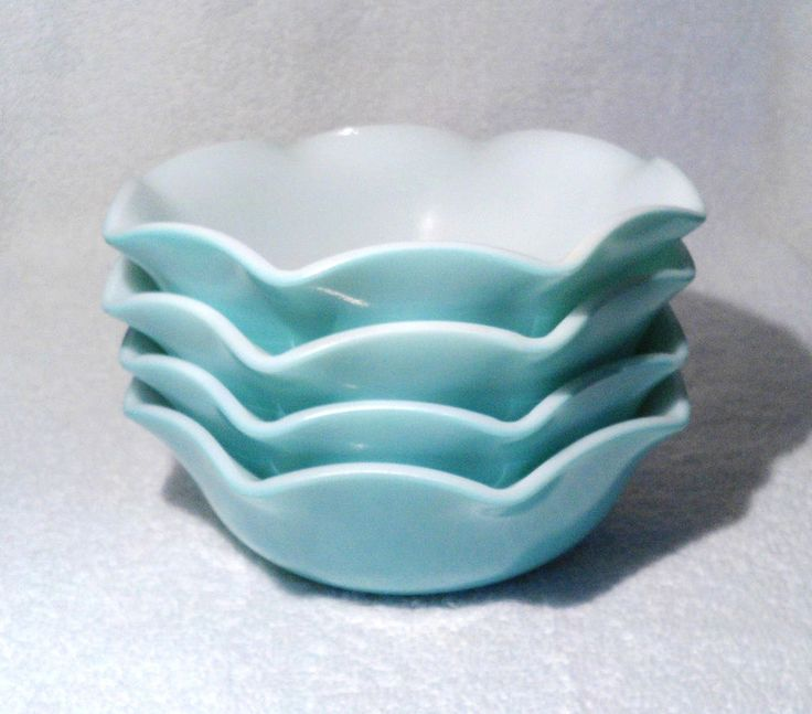 Vintage Hazel Atlas Turquoise Crinoline Set of 4 Deep Cereal Bowls Milk Glass