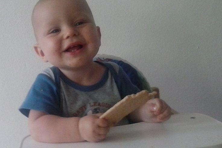 Geef jij deze tussendoortjes weleens aan je baby, dreumes of peuter? 5 baby-snacks die eigenlijk niet zo verantwoord zijn, maar ik lekker toch geef http://alweereennieuwemoederblog.nl/5-baby-snacks-die-eigenlijk-niet-zo-verantwoord-zijn-maar-ik-lekker-toch-geef/ #archief