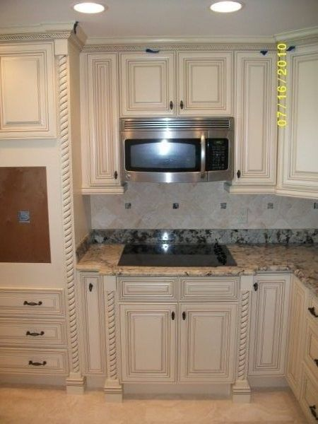 Off White Kitchen Cabinets With White Trim Off White With Glaze Traditional Kitchen Cabinets Other Hl69fwcd