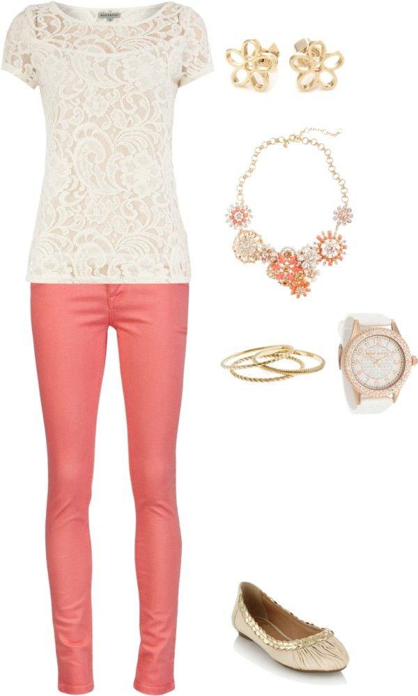 beige o natural siempre con color brillante, contrastante y accesorios importantes